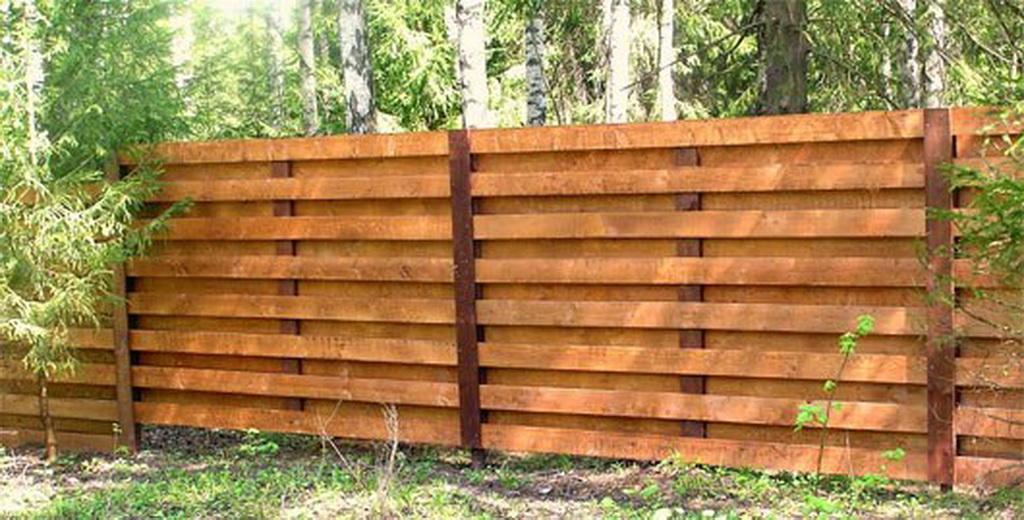 Забор на даче из дерева своими руками
